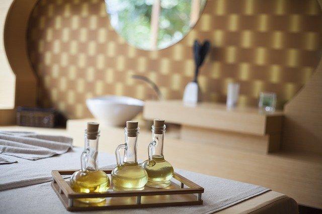 huile massage Ayurveda